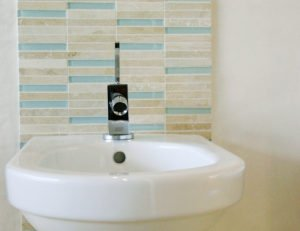 70100 Stäbchen Travertino Aqua Glas 001 300x231 - 70100_Stäbchen Travertino & Aqua Glas_001